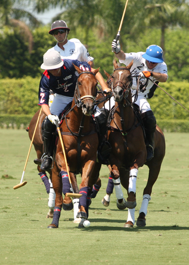 Photos-Piaget vs. Lechuza in U. S. Open play-3-30-13